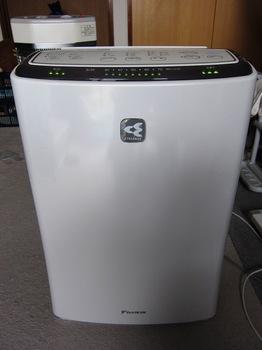 120228_air cleaner_2.JPG
