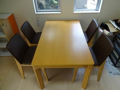 140824_table&chair_2.jpg