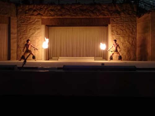 hawaiiansfiredance_4.JPG